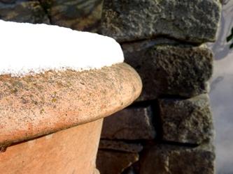 tontopf winter stein